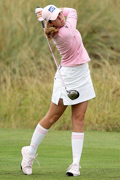 paula creamer wallpaper. i'd like to get paired up with paula.