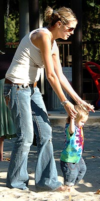 Hollywood's Gorgeous Moms | Heidi Klum