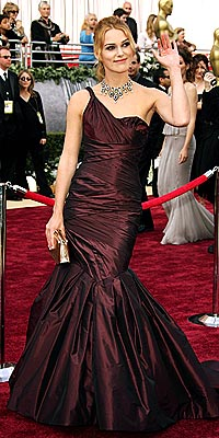 topic - Oscars 2006 Best Dressed! - Afghan Forum | AfghanMania.com