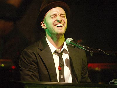 justin timberlake justified cover. Justin Timberlake rocks out during a secret solo concert in Amsterdam on Saturday. The quot;SexyBackquot; singer has
