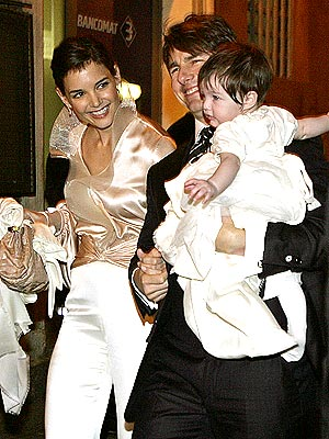 katie and tom and suri