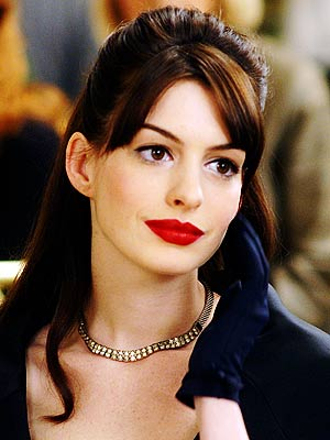 anne hathaway eyes. When Anne Hathaway reveals her