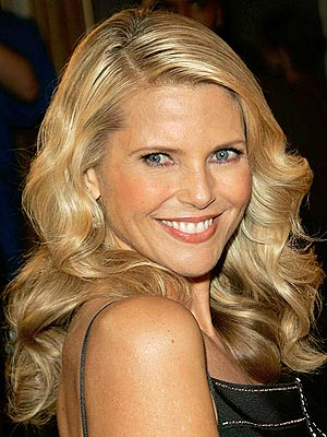 http://img.timeinc.net/people/i/2006/stylechannel/blog/061030/christie_brinkley_300x400.jpg