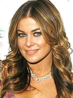 Highlights For Dark Brown Hair her warm blonde color for dark brown.