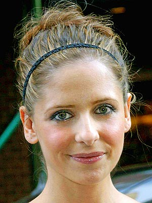 Updo Hairstyle on Sarah Michelle Gellar
