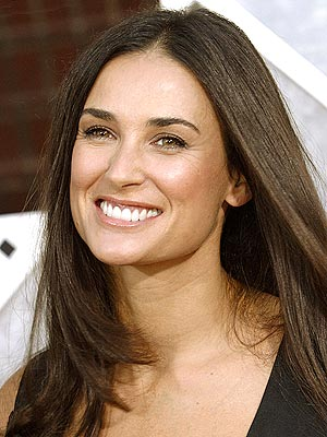 Hot women topic Demi_moore_300x400