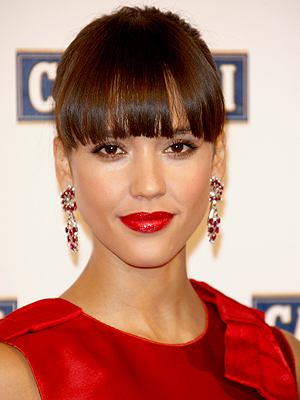 Jessica Alba, Holiday Hairstyles