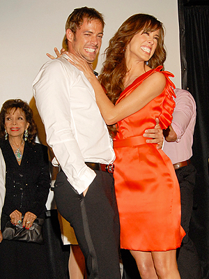 william levy y su esposa. william levy y su esposa.
