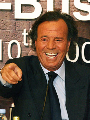 Julio Iglesias Jr. Julio iglesias greatest hits