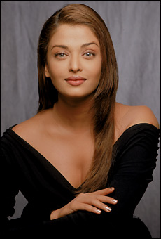 Aishwarya Rai Latest Romance Hairstyles, Long Hairstyle 2013, Hairstyle 2013, New Long Hairstyle 2013, Celebrity Long Romance Hairstyles 2409