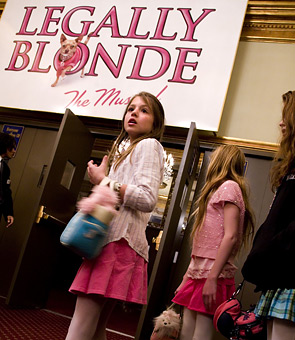re: NEW PROMO: MTV's Search For The New Elle Woods!