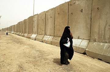 http://img.timeinc.net/time/daily/2007/0705/baghdad_wall0509.jpg