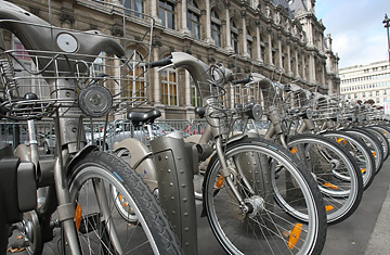 Bikes In Paris dek