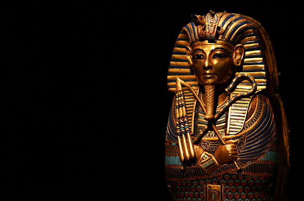 king tutankhamun and his treasures essay King tutankhamun essay examples the search for king tutankhamun and his treasures 1,387 words 3 pages a biography and.