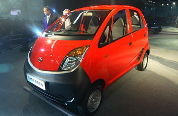tata motors 39 nano the world 39 s cheapest car from india time. Black Bedroom Furniture Sets. Home Design Ideas