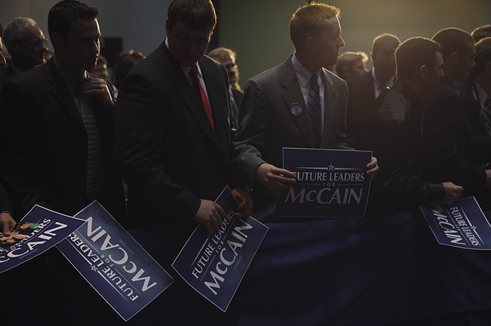 Young Republicans wait for the autograph of John McCain after a speech in Columbus, Ohio, May 15, 2008.