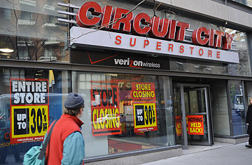 How Liquidators Profit From Circuit Citys Loss