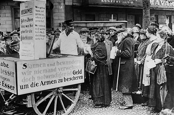 The Salvation Army serves hungry Berliners in the dark days of 1923