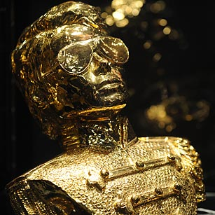 A gold-painted bust of Michael Jackson owned by the singer