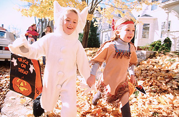 an argument against trick or treating on halloween With spooky costumes, haunted houses, festive parties and trick-or-treating, halloween events can often pave the way for halloween lawsuits.