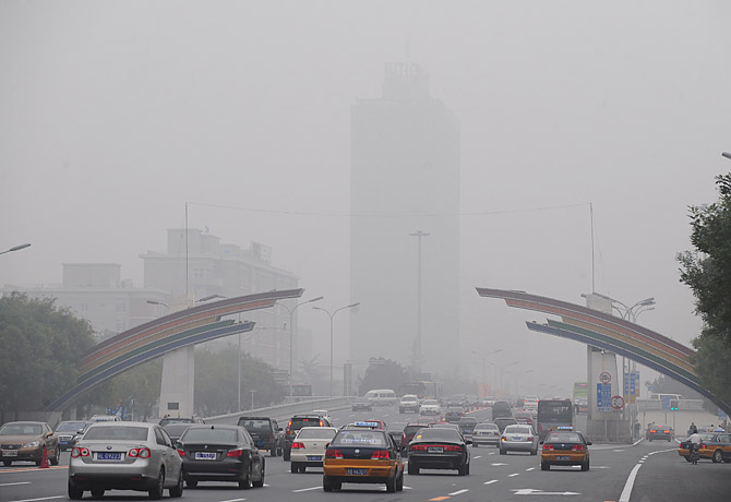 environment versus pollution in china This chinese pollution also resulted in one extra day or more of noncompliance  with the us ozone standard in 2006 over the los angeles area.