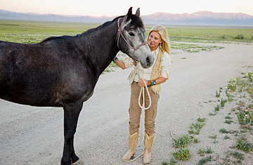 Billionaire Pickens Wife Battles For Wild Horse Sanctuary