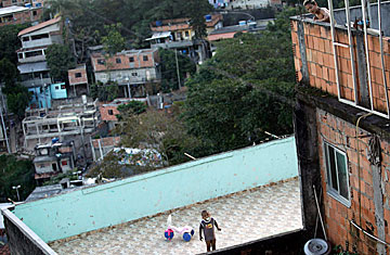 Brazil Rio Gives Its Favelas A Pre Olympics Makeover Time