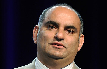 Mohnish Pabrai A Disciple of Warren Buffett39s Finds His Own Way of Giving