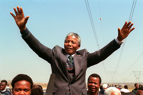 South African National Congress President Nelson Mandela addresses a crowd, Sept. 5, 1990.