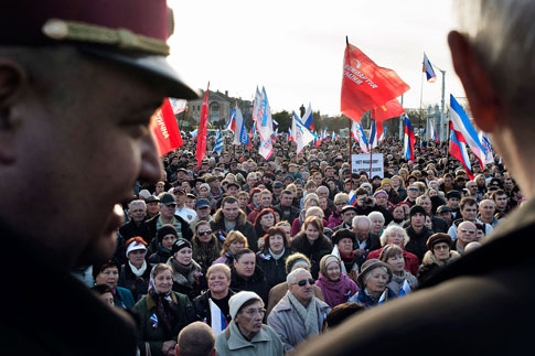 Pro-Russian gathering in Yevpatoria, Ukraine, March 5, 2014.