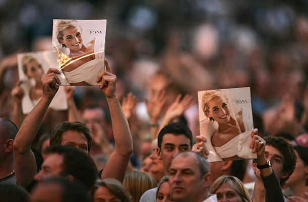 Fans at Concert for Diana