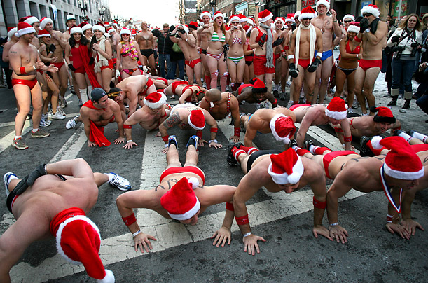 wacky santa claus saint st. nick santacon speedo run europa park christmas