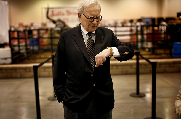 Berkshire Hathaway Annual Shareholders' Meeting Warren Buffett Rich Money