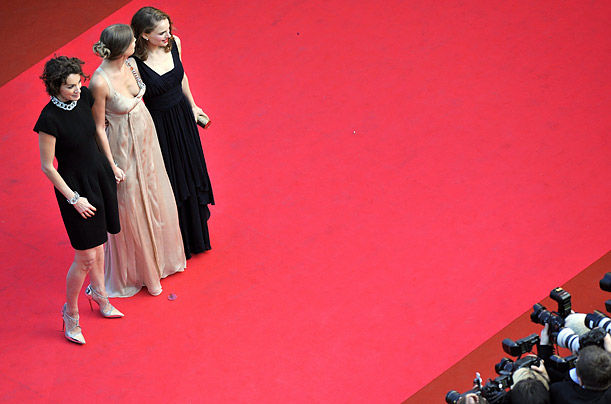 Members of the Jury French actress Jeanne Balibar, Romanian born actress Alexandra Maria Lara and Israeli-US actress Natalie Portman pose as they arrive to attend the screening  'Indiana Jones and the Kingdom of the Crystal Skull'