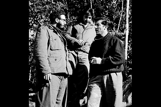 Fidel Castro in the Jungle Fifty years ago, photographer Enrique Meneses accompanied the young revolutionary and his men for four months during their historic push to Havana