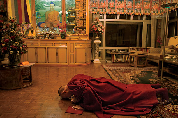 the dalai lama at home photo essays time tibet dalai lama buddhism culture social struggle james nachtwey