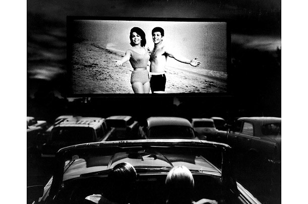 The drive-in combines the intoxication of a movie with the comfort and intimacy of one's own car - an ideal destination for lovers, families and friends.