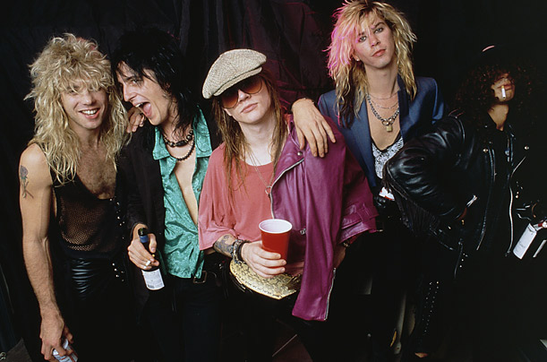 Gun N' Roses and n & Axl Rose Slash Duff Steven Matt Izzy Dizzy rok and roll hard rock music