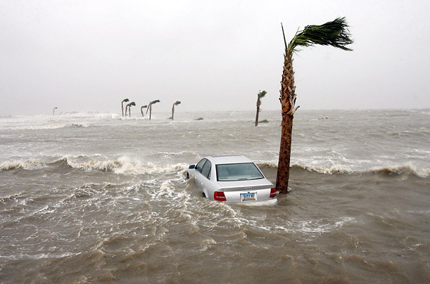 Hurricane Gustav Comes Ashore The Gulf Coast is battered again by severe weather New Orleans Mississippi