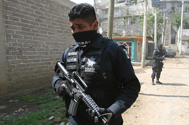 Fighting Crime in Mexico City Photographer Erik Meza rides with the Federal Police in the Mexican capital as they battle a seemingly endless wave of lawlessness