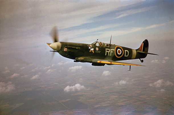 A polish pilot from 303 'Kozciuszko' Squadron patrols the skies above Britain in his Supermarine Spitfire