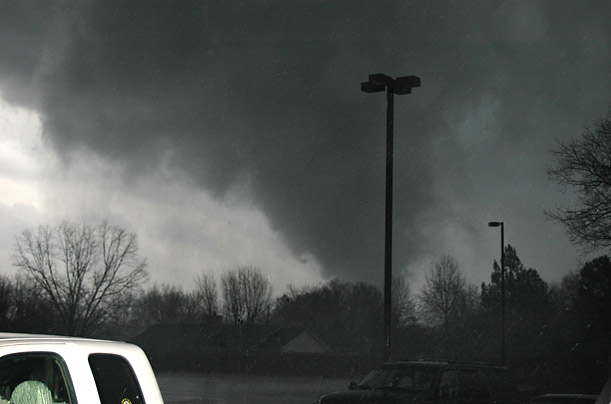 Tornado South Destruction Natural disaster Arkansas Kentucky Mississippi Tennessee
