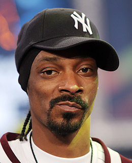 http://img.timeinc.net/time/photoessays/2009/10_twitter/snoop.jpg