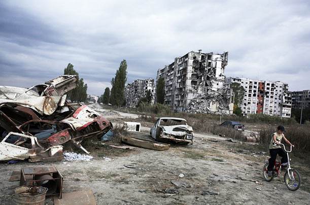 After many years of Russian bombing, most of the Chechen capital looked like the 6th district, above.