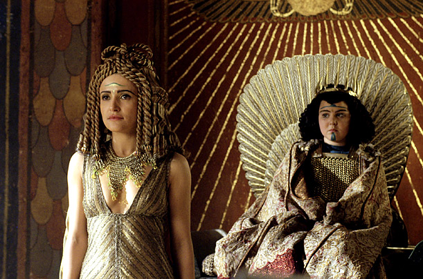 essays on cleopatra vii In the 2007 television series 'rome' cleopatra vii, immediately after the suicide of mark antony, chose to be bitten by a poisonous snake, seeking to commit suicide then just before collapsing she articulated her final words to octavian 'you have a rotten soul' (rome, 2007) as if cleopatra's death (for the rest of this essay.