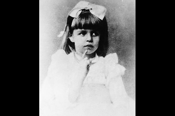 Anna Eleanor Roosevelt was born in New York in 1884, the daughter of Anna Hall Roosevelt and Elliott Roosevelt, the younger brother of future president Theodore Roosevelt.