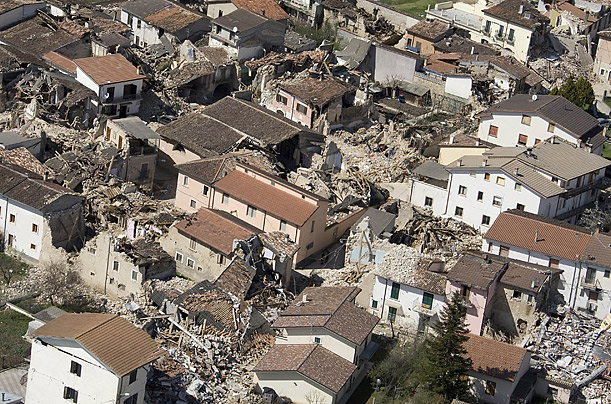 Italy Earthquake L'Aquila central italy rome<br /><br /><br />