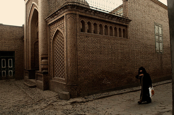 Kashgar, an ancient crossroad nestled in the far west of China's restive Xinjiang province, is home to a beautiful, traditional Islamic city, one of the best preserved in Central Asia.