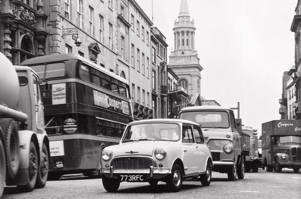 The narrow streets of London made for the perfect environment for a nimble car