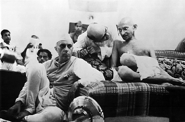 Jawaharlal Nehru (left) and Mohandas Gandhi in July 1942, amid the long struggle to win freedom from Britain.